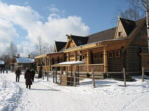 The Russian Village of Shuvalovka перевод текста